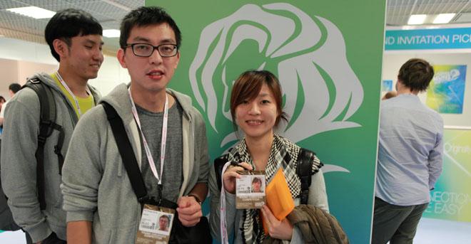 完成報到手續的兩位台灣選手